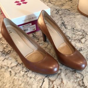 Naturalizer Carmel Leather Michelle Pumps NIB
